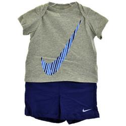 tekstylia Chłopiec Komplet Nike  Wielokolorowy