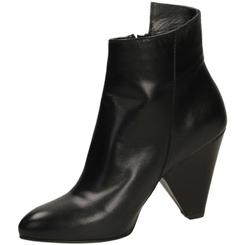 Buty Damskie Low boots Salvador Ribes NUVOLA nero-nero