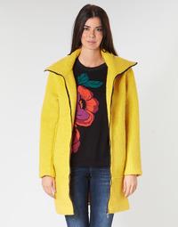 tekstylia Damskie Płaszcze Desigual LAND Żółty