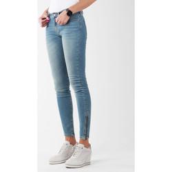 tekstylia Damskie Jeansy skinny Wrangler Jeansy  Skylark W27F4072F niebieski