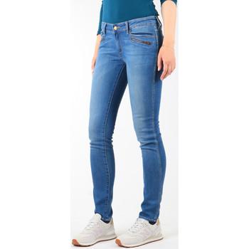 tekstylia Damskie Jeansy skinny Wrangler Jeansy  Courtney Skinny W23SJJ58V