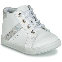 Buty Dziewczynka Trampki wysokie GBB AGLAE Biały