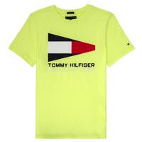 tekstylia Chłopiec T-shirty z krótkim rękawem Tommy Hilfiger KB0KB05628 Żółty