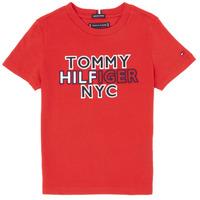 tekstylia Chłopiec T-shirty z krótkim rękawem Tommy Hilfiger KB0KB05848-XNL Czerwony