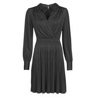 tekstylia Damskie Sukienki krótkie Marciano PLAYA DRESS Czarny