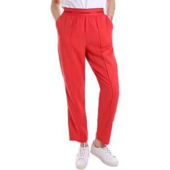 tekstylia Damskie Spodnie dresowe Calvin Klein Jeans K20K201765 Czerwony