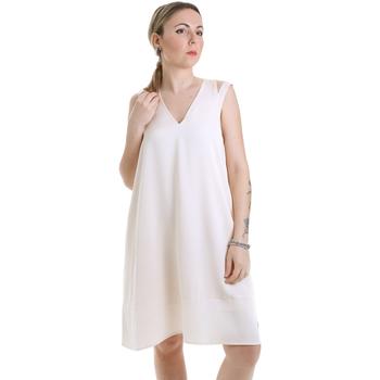 tekstylia Damskie Sukienki krótkie Calvin Klein Jeans K20K202022 Beżowy