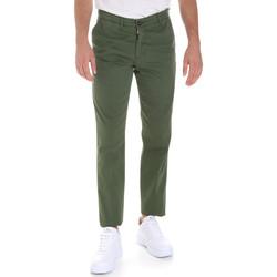 tekstylia Męskie Chinos Les Copains 9U3320 Zielony