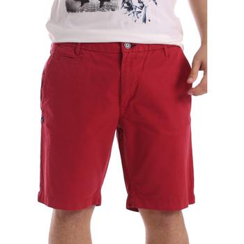 tekstylia Męskie Szorty i Bermudy Gaudi 71BU25028 Czerwony