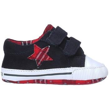 Buty Chłopiec Kapcie niemowlęce Chicco 01058104 Niebieski