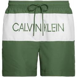 tekstylia Męskie Kostiumy / Szorty kąpielowe Calvin Klein Jeans KM0KM00456 Zielony