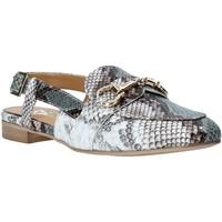 Buty Damskie Sandały Grace Shoes 715013 Szary