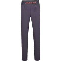 tekstylia Męskie Spodnie dresowe Calvin Klein Jeans 00GMF8P620 Szary