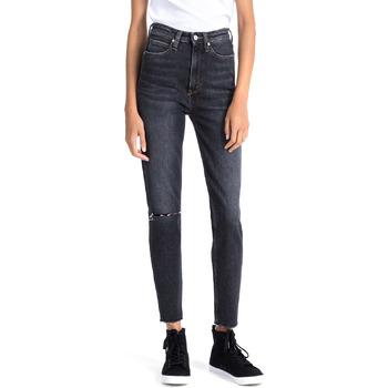 tekstylia Damskie Jeansy boyfriend Calvin Klein Jeans J20J207652 Niebieski