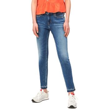 tekstylia Damskie Jeansy slim fit Calvin Klein Jeans J20J211434 Niebieski