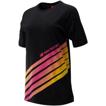 tekstylia Damskie T-shirty z krótkim rękawem New Balance NBWT93507BK Czarny