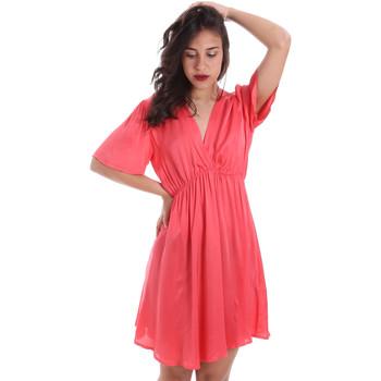 tekstylia Damskie Sukienki krótkie Gaudi 011FD15061 Różowy
