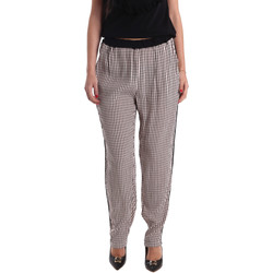 tekstylia Damskie Spodnie z lejącej tkaniny / Alladynki Gaudi 73FD25238 Czarny