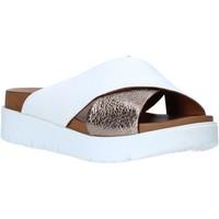 Buty Damskie Klapki Bueno Shoes N3408 Biały