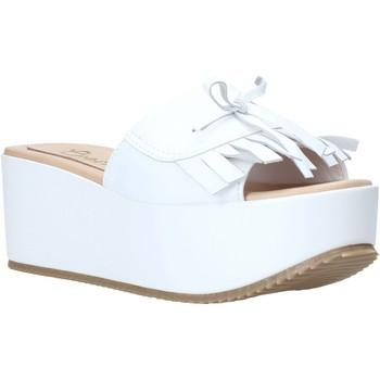 Buty Damskie Klapki Grace Shoes C3 Biały