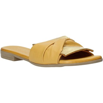 Buty Damskie Klapki Bueno Shoes 9L2735 Żółty