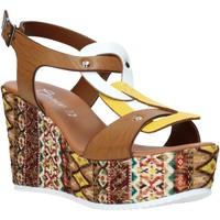Buty Damskie Sandały Grace Shoes 09 Brązowy