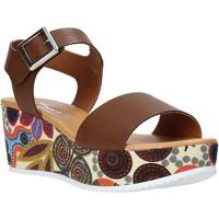Buty Damskie Sandały Grace Shoes 03 Brązowy
