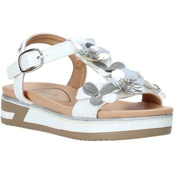 Buty Dziewczynka Sandały Miss Sixty S20-SMS781 Biały