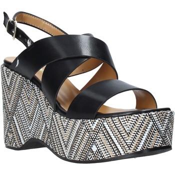 Buty Damskie Sandały Grace Shoes 104010 Czarny