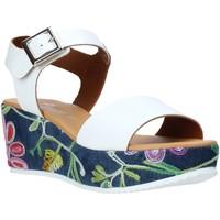Buty Damskie Sandały Grace Shoes 02 Biały
