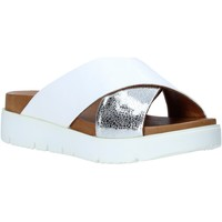 Buty Damskie Klapki Bueno Shoes 9N3408 Biały