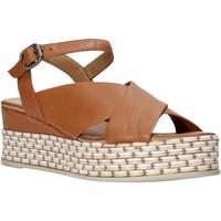 Buty Damskie Sandały Bueno Shoes Q5901 Brązowy