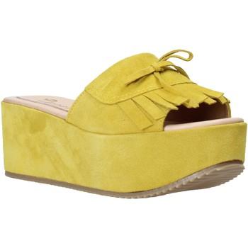 Buty Damskie Klapki Grace Shoes C3 Żółty