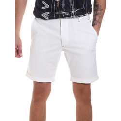 tekstylia Męskie Szorty i Bermudy Gaudi 811FU25023 Biały