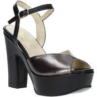 Buty Damskie Sandały Grace Shoes TQ 074 Czarny