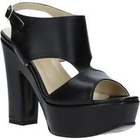 Buty Damskie Sandały Grace Shoes TQ 102 Czarny