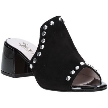 Buty Damskie Klapki Grace Shoes 1576006 Czarny