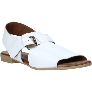 Buty Damskie Sandały Bueno Shoes 9L2700 Biały