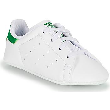 Buty Dziecko Trampki niskie adidas Originals STAN SMITH CRIB SUSTAINABLE Biały / Zielony