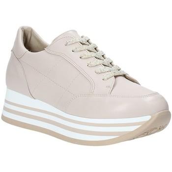 Buty Damskie Trampki niskie Grace Shoes MAR001 Różowy