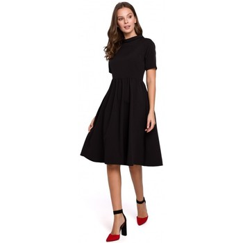 tekstylia Damskie Sukienki krótkie Makover K028 Sukienka z wywijanym dekoltem - czarna