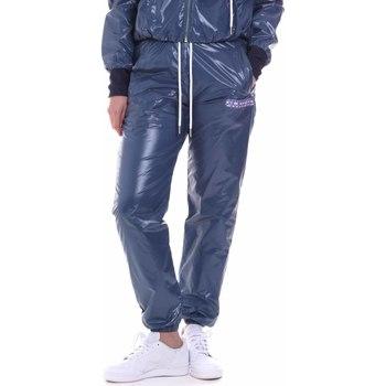 tekstylia Damskie Spodnie dresowe La Carrie 092M-TP-441 Niebieski