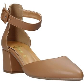 Buty Damskie Czółenka Grace Shoes 774005 Brązowy