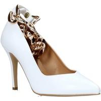 Buty Damskie Czółenka Grace Shoes 038148 Biały