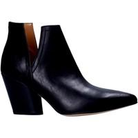 Buty Damskie Buty za kostkę Grace Shoes 7241004 Czarny