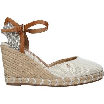 Buty Damskie Sandały Wrangler WL11610A Beżowy