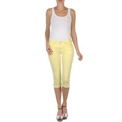 tekstylia Damskie Krótkie spodnie Mustang Jasmin cropped żółty