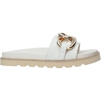 Buty Damskie Klapki Grace Shoes 021004 Biały