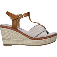 Buty Damskie Sandały Refresh 72878 Beżowy