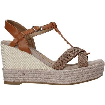 Buty Damskie Sandały Refresh 72661 Brązowy